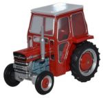 Massey Ferguson 135 Red Tractor Diecast Model 1:76 Scale OO Gauge - Oxford Agriculture