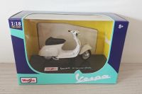 Vespa 50 Special (1969) Scooter Diecast Scale Model 1:18