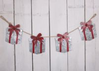 Christmas Metal Gift Box Garland - Rustic Rope