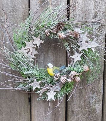 Christmas Rustic Decorative Wreath & Blue Tit Bird