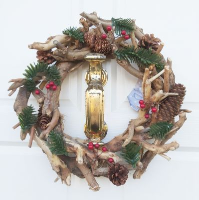 Christmas Wreath - Twig Berries & Pine Cones - Rustic