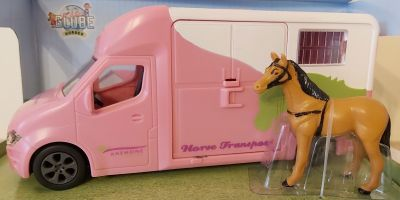 Horse Truck 3.5T with Horse & Sounds - Diecast - Pink Kids Globe V060212