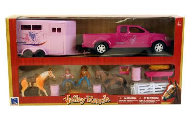 Horse Deluxe Play Set Valley Ranch Truck & Trailer Horses Figures