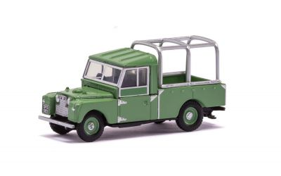 Land Rover Defender 109 Diecast - Green - Scale Autos Hornby - Scale 1:76 R7151