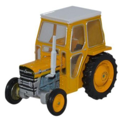 Massey Ferguson 135 Yellow Tractor Diecast Model 1:76 Scale OO Gauge - Oxford Commercials